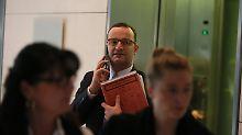 Person der Woche: Alle Merkel-Kritiker taumeln
