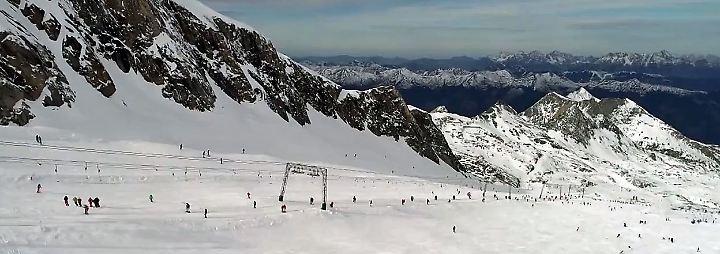 Beste Aussicht am Kitzsteinhorn: Gletscherskigebiete öffnen ihre Pisten