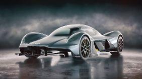 Den Valkyrie gibt es noch nicht, aber Aston Martin macht keine Hehl daraus, dass sie den Supersportler auf die Straße bringen wollen.