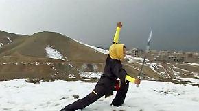 Selbstverteidigung und Flucht: Afghanistans Jugend kämpft ums Überleben