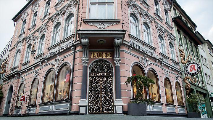 """Die """"Alte Apotheke"""" in Bottrop wird inzwischen von der Mutter des Angeklagten geführt."""