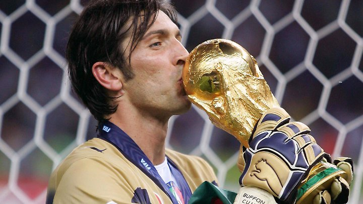 Sein größter Triumph: der WM-Sieg 2006 in Deutschland.