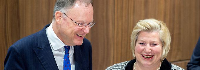 Große Koalition in Niedersachsen: Stephan Weil ist Ministerpräsident