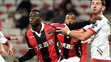 Favoriten in Europa League stark: Balotelli schießt Nizza in die nächste Runde