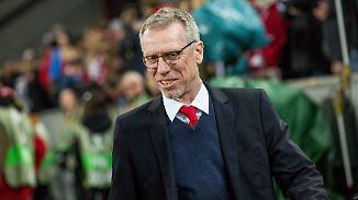 """Peter Stöger zum Sieg gegen Arsenal: """"Ich bin sehr zufrieden, die Jungs sind platt"""""""