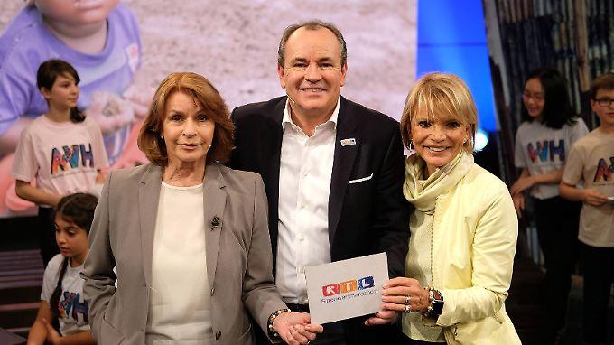 Senta Berger, Wolfram Kons und Uschi Glas beim RTL-Spendenmarathon.