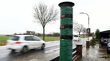Unechte Radarfalle: Mit der Blitzer-Attrappe gegen Raser