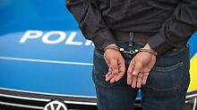 Doppelmord im Massagesalon: Hinweis führt Polizei zu Tatverdächtigem