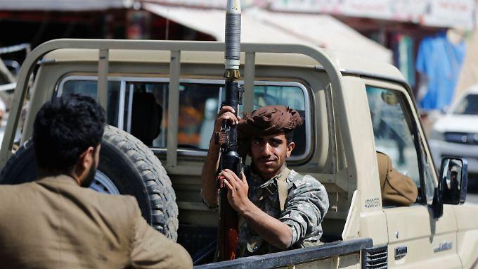 Ein Huthi-Kämpfer in Sanaa. Der Kampf um die Hauptstadt dürfte sich in den nächsten Tagen verschärfen.