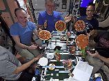"""Cygnus liefert Pizzateig: """"Fliegende Untertassen"""" auf ISS"""