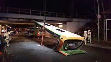 An Berliner Brücke: Flixbus rasiert sich das Dach ab