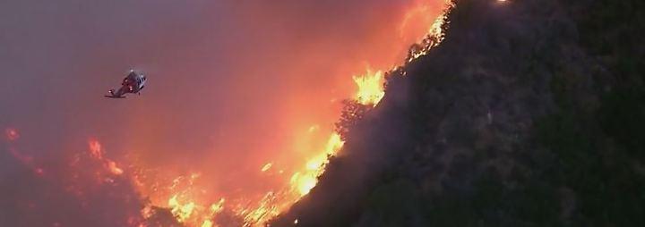 200.000 Menschen evakuiert: Buschbrände fressen sich weiter durch Kalifornien