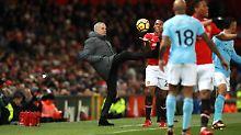 Party, Platzwunde, Milch-Attacke: Mourinho löst Schlägerei in Kabine aus