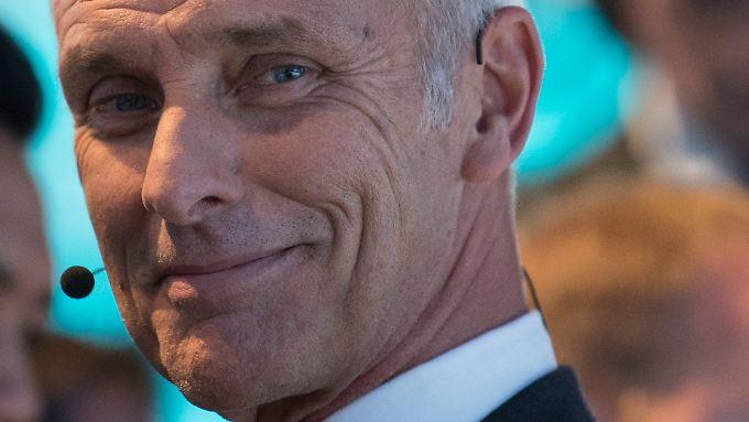 Im eigenen Konzern hat Müller die Weichen längst Richtung Elektroantrieb und digitale Verkehrskonzepte gestellt. Nun treibt er auch die politische Debatte an.