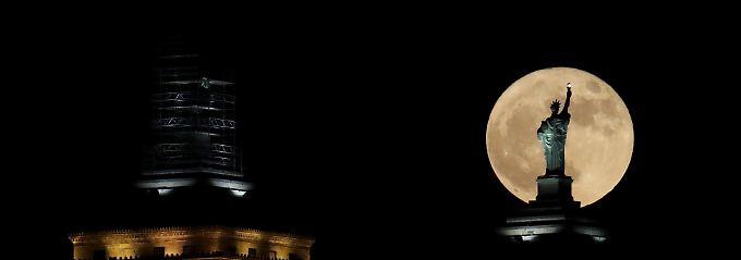 Zuerst der Mond,  dann der Mars: Wie realistisch sind Trumps Raumfahrtpläne?