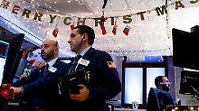 Warten auf den Zinsentscheid: Wall Street schließt uneins