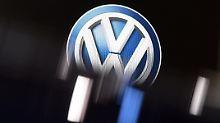 VW, Daimler und BMW sind zu Großbanken geworden. Platzen ihre Autokredite, drohen Milliardenverluste.