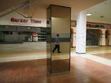 """Bröckelnder Putz, gähnende Leere: Amerikas """"Shopping Malls"""" in der Krise"""