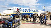 Auch für Flugbegleiter: Ryanair will Gewerkschaften anerkennen