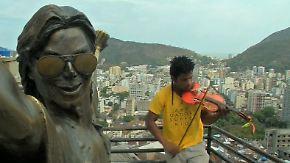 Von der Favela an die Uni: Brasilianer bastelt Geige aus zerbrochenen Instrumenten