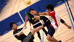Akrobatisch und spektakulär: Sepak Takraw verbindet Fußball, Volleyball und Badminton