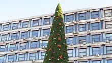Unfrieden unterm Weihnachtsbaum: Belgrader sind empört über Plastiktanne