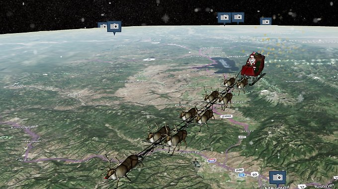 Rentiere davor, Milliarden Geschenke darauf, Sterne am Heck: Der Schlitten des Weihnachtsmannes.