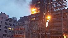 Feuer in der neunten Etage.