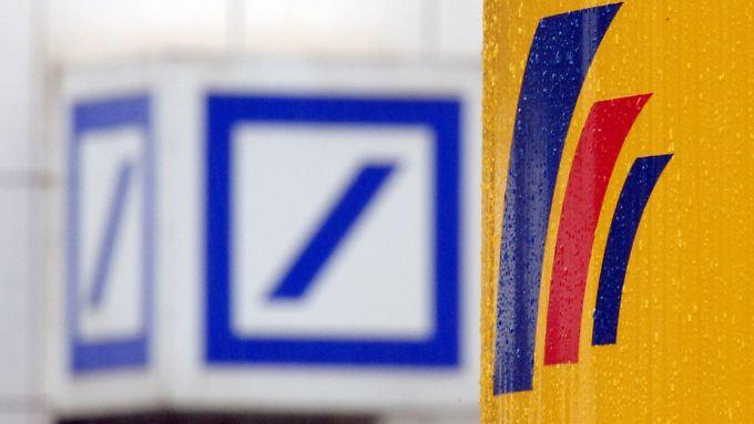 Wann hat die Deutsche Bank die Postbank übernommen: 2010 oder doch schon 2008?