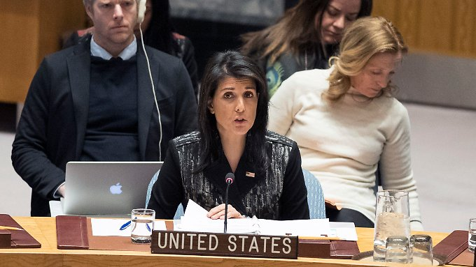 Die amerikanische UN-Botschafterin Nikki Haley warnte die iranische Führung davor, die Proteste zu unterdrücken.