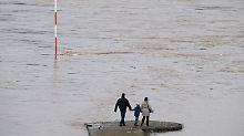 Rheinpegel steigt weiter: Köln und Düsseldorf erwarten Hochwasser