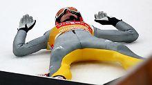 Am Boden: Richard Freitag hat zu starke Schmerzen, als dass er am Wochenende im Weltcup antreten kann.