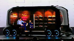 """Mobile Schuhläden gegen Google und Co.: """"Fahrende Räume"""" sollen Autos ersetzen"""