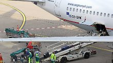 Warten aufs Gepäck: Wie läuft das Entladen von Flugzeugen ab?