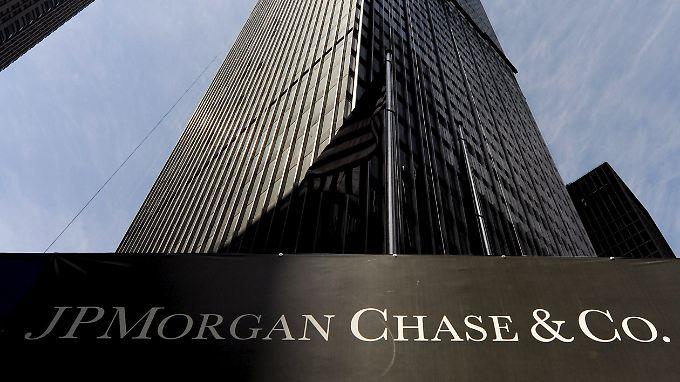JPMorgan rutschte im Schlussquartal im Vergleich zum Vorjahreszeitraum um 37 Prozent ab.