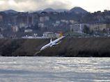 """25 Meter bis zur Katastrophe"": Boeing 737 rutscht Abhang herunter"