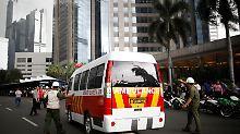 Dutzende Verletzte in Jakarta: Balkon in indonesischer Börse stürzt ein