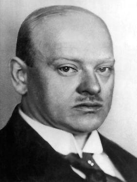 Gustav Stresemann erhielt 1926 zusammen mit seinem französischen Amtskollegen Aristide Briant den Freidensnobelpreis. Nur acht Jahre nach Ende des Ersten Weltkrieges hatten die beiden die Aussöhnung Deutschlands und Frankreichs erarbeitet. Stresemanns Erben möchten verhindern, dass der Name im Umfeld der AfD fällt.