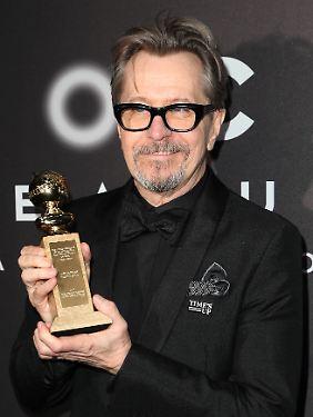 Ja, so sieht er eigentlich aus: Oldman mit seinem Golden Globe.