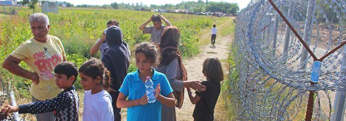 """Kampf gegen """"illegale Migranten"""": Ungarn plant Strafsteuer für Flüchtlingshelfer"""