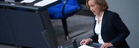 Links-Rechts-Streit im Bundestag: Antisemitismus - aber nicht bei uns