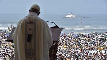 """Papst in Lateinamerika: Franziskus geißelt """"Plage der Gewalt an Frauen"""""""