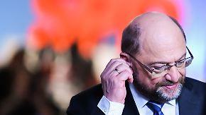 Kein Ministeramt für den Parteichef: SPD-Werte brechen ein, Schulz gerät ins Genossenfeuer