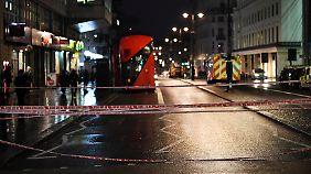 Straßensperre nahe Charing Cross Station
