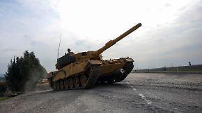 Erbitterte Kämpfe in Nordsyrien: Von der Leyen verteidigt deutsche Waffenexporte an die Türkei