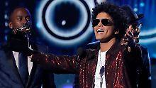 Musikpreis für Kraftwerk: Bruno Mars räumt bei den Grammys ab