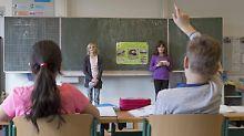 Bessere Leistungen in Mathe: Sozial schwache Schüler schließen Lücke