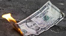Laut IWF werden die USA innerhalb weniger Jahre genauso schlecht dastehen wie Italien, also dem Land, das mit für das massive Gelddrucken von EZB-Chef Mario Draghi verantwortlichist.