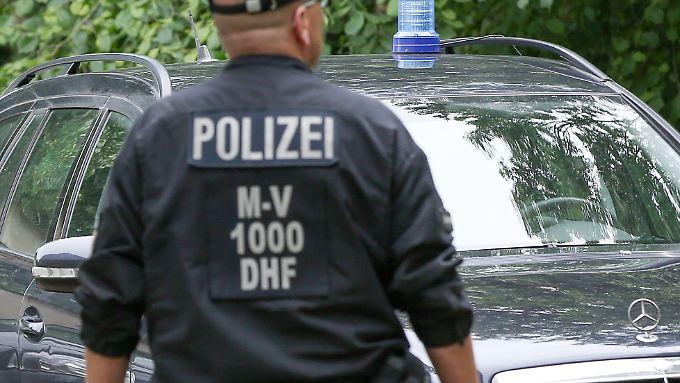 Bei dem Antiterroreinsatz hatte die Polizei im August 2017 unter anderem in Rostock, Grabow und Banzkow Wohnungen durchsucht.