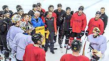 "Präsidiale Olympia-Überraschung: Steinmeier macht Eishockey-Cracks ""stolz"""